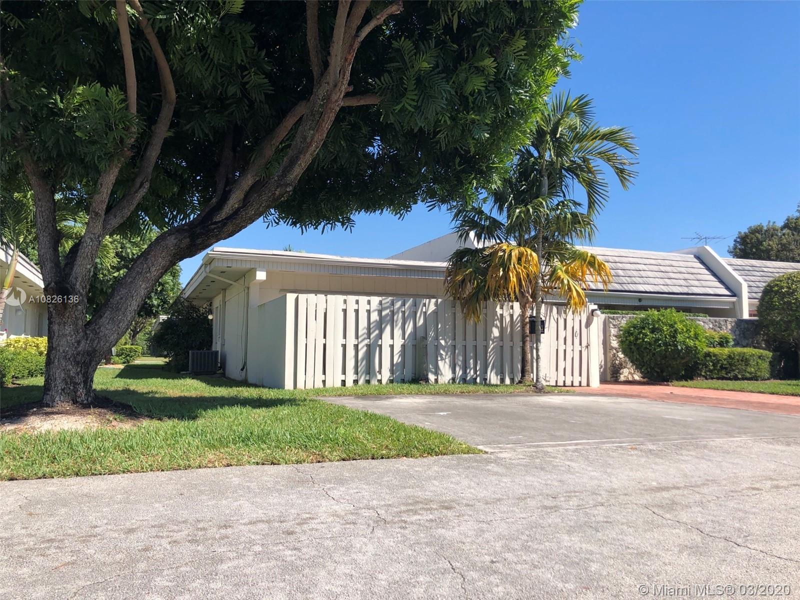 8133 SW 83rd Pl #8133 For Sale A10826136, FL