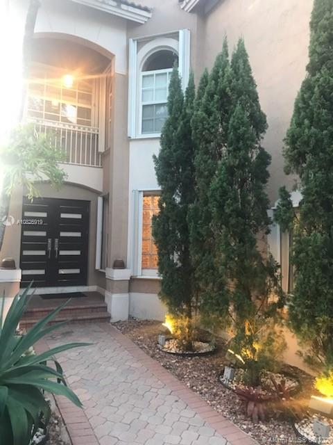 10963 NW 72nd Ter  For Sale A10826919, FL