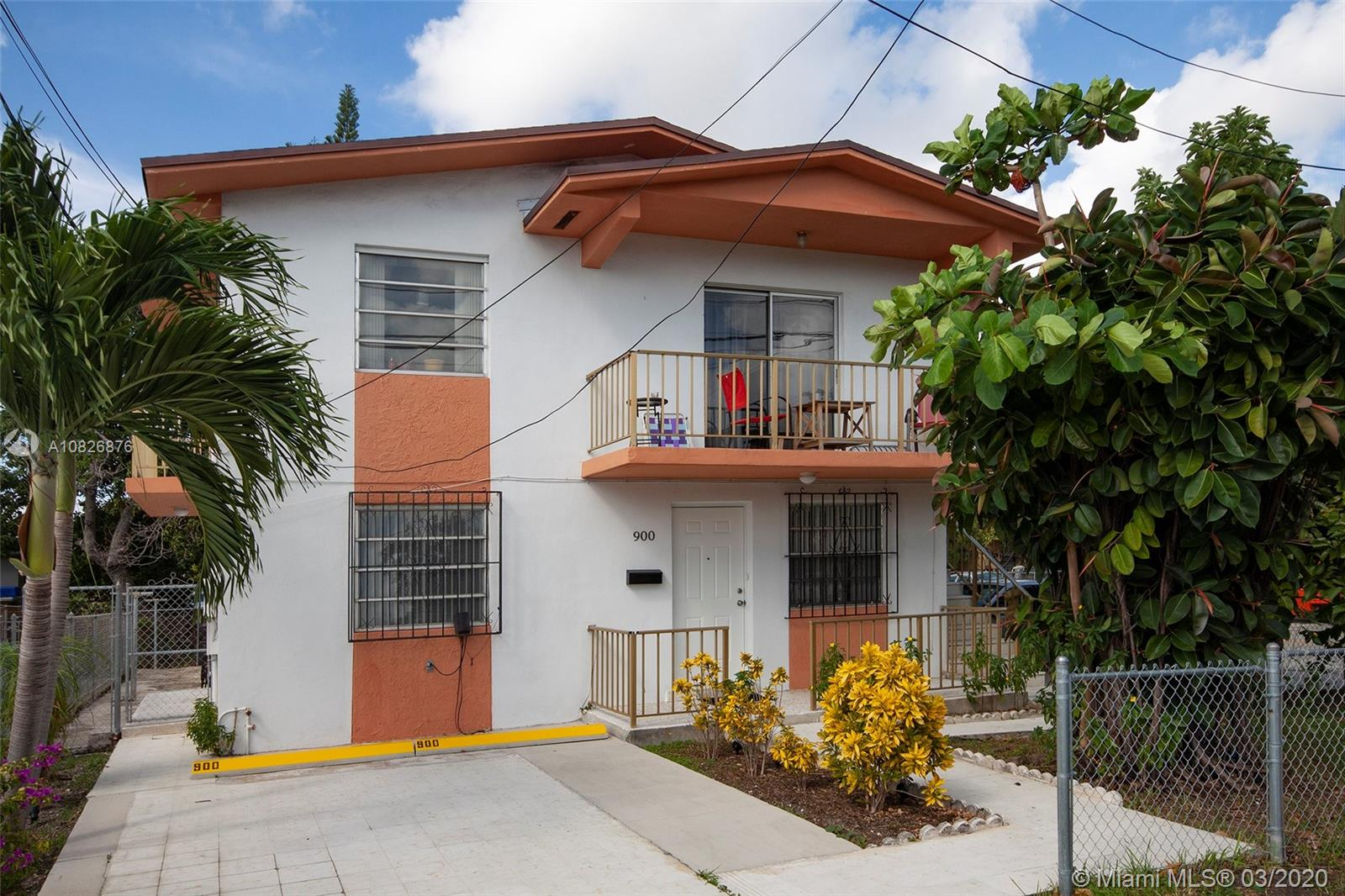 902 SW 8th Ave #902 For Sale A10826876, FL