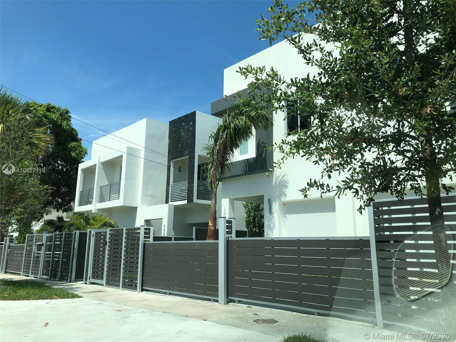 3081  Carter St #3081 For Sale A10827119, FL