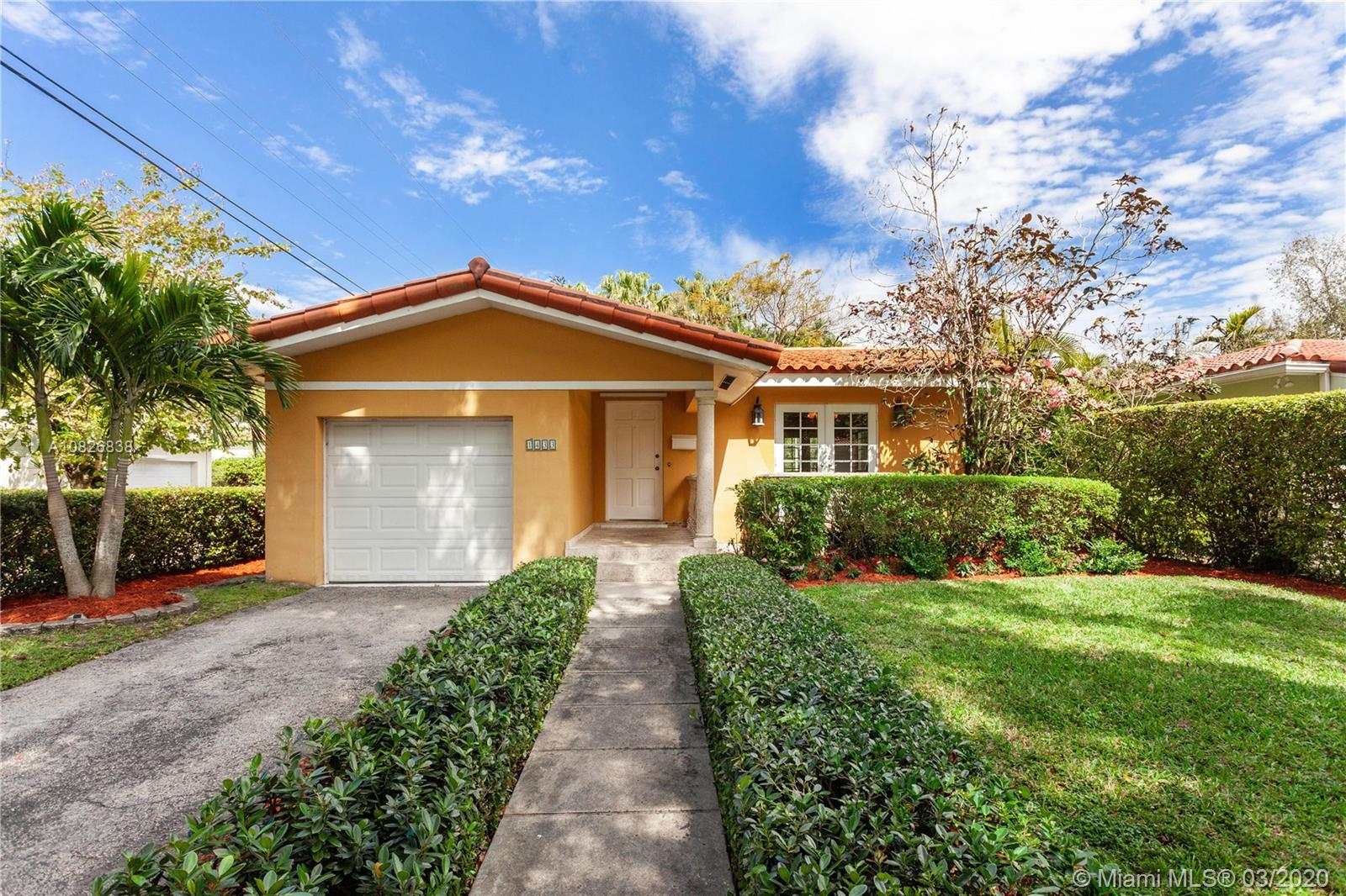 1433  Messina Ave  For Sale A10826838, FL