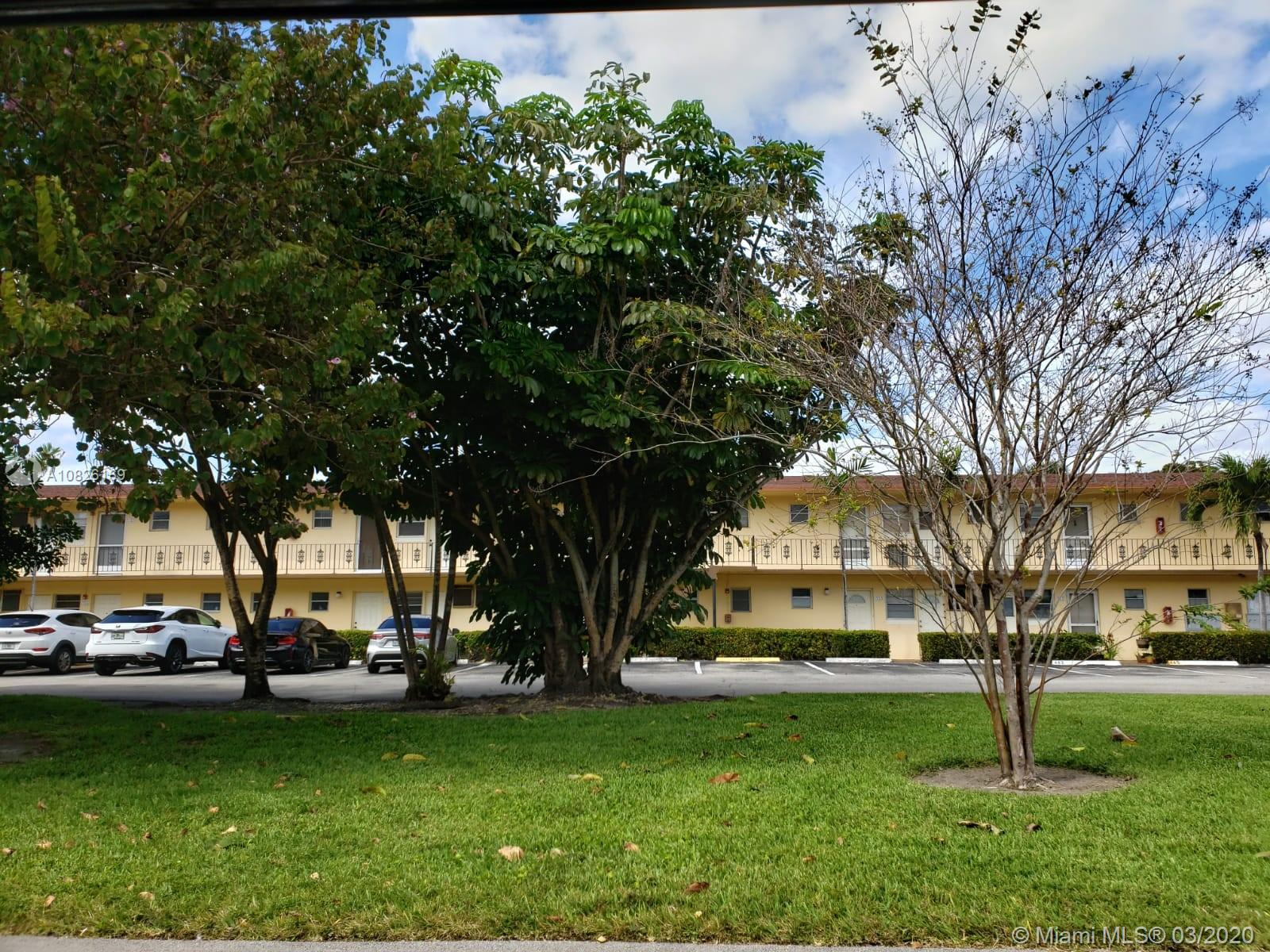 2880 NE 203rd St #15 For Sale A10826169, FL