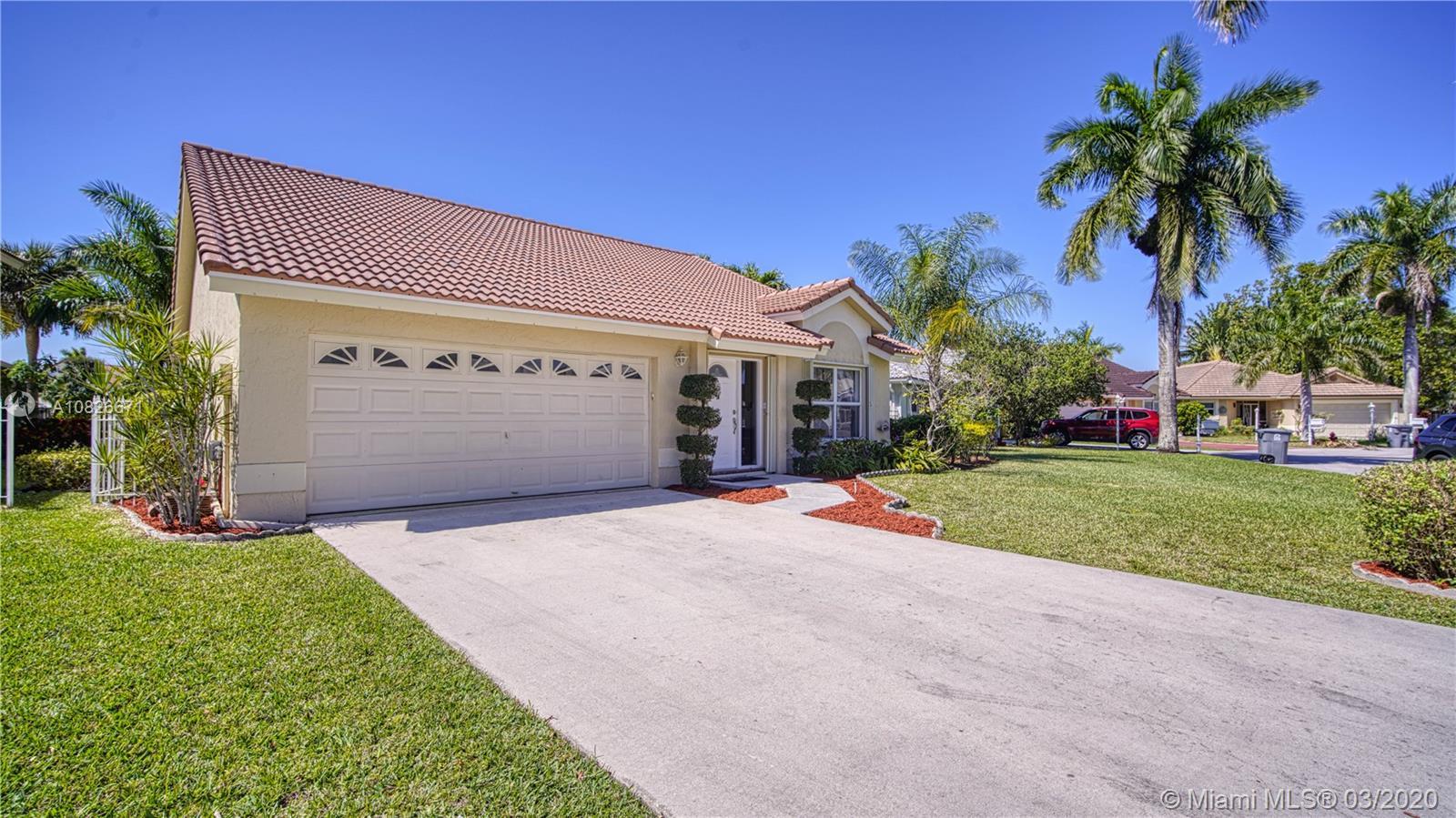 21301 Millbrook Ct, Boca Raton, FL 33498