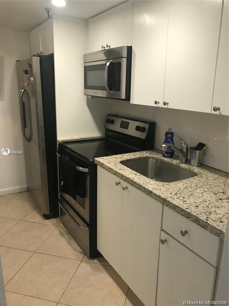 20850  San Simeon Way #107-5 For Sale A10827453, FL