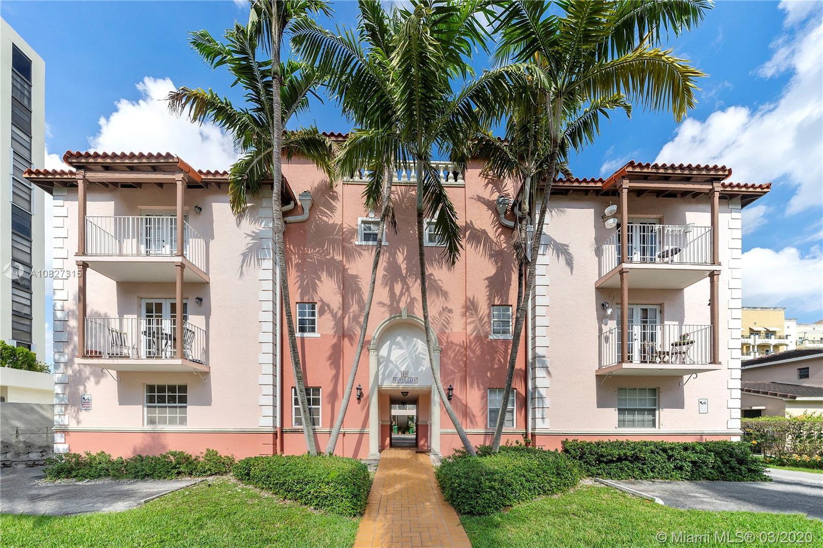 29  Santillane Ave #1 For Sale A10827315, FL