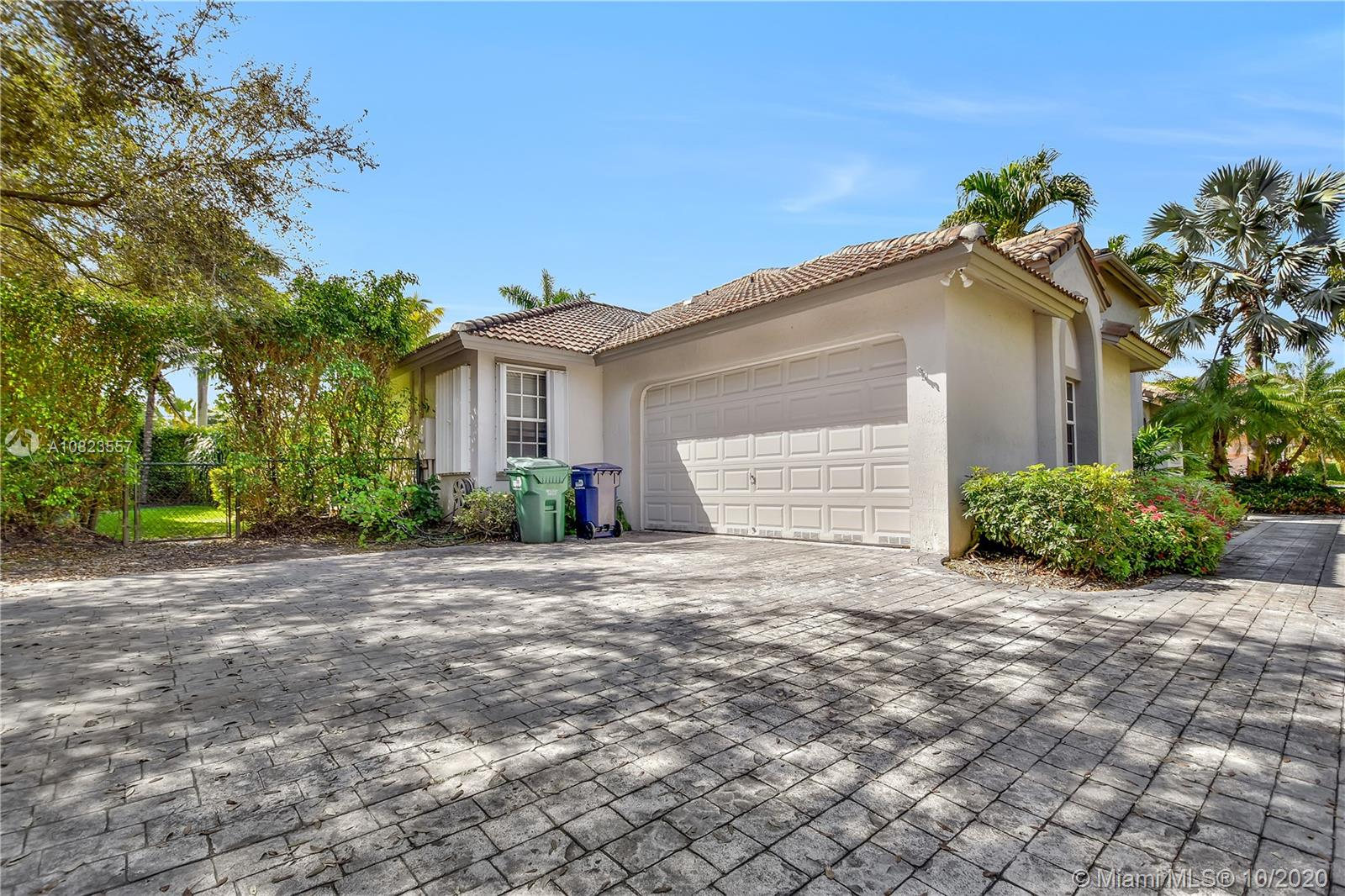 8510 SW 167th Ter  For Sale A10823557, FL