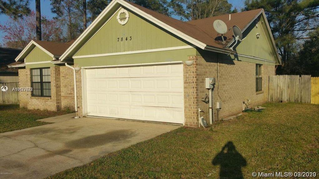 7843 E Collins Ridge Blvd, Jacksonville, FL 32244