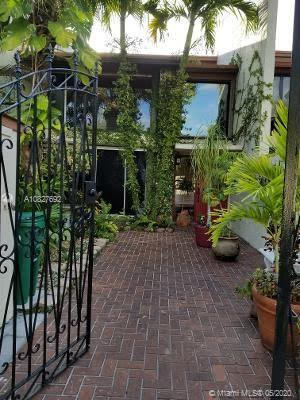 10449 SW 78th St  For Sale A10827692, FL