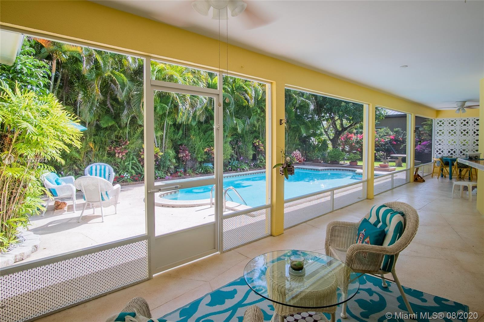 9500 SW 92 St  For Sale A10827463, FL