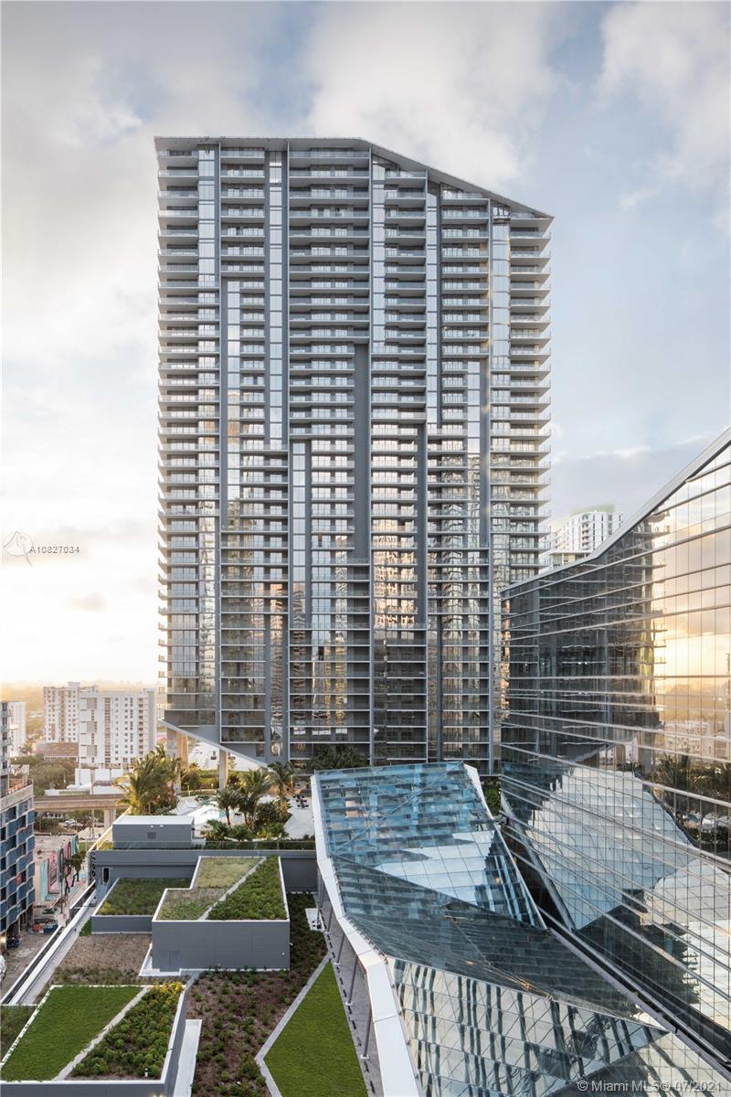 RISE AT BRICKELL CITY CENTRE, 43 FLOORS DESIGNED BY ARCHITECTONICA AND DEVELOPED BY SWIRE PROPERTIES. LUXURY 3 BEDROOM 3.5 BATHS. OPEN FLOOR PLAN. MODERN ITALIAN CABINETRY THROUGHOUT, BOSCH APPLIANCES, WINE COOLER. FLOOR TO CEILING GLASS DOORS WITH AMAZING CITY AND WATER VIEWS, OVERSIZED AND FULLY FURNISHED WALK IN CLOSETS, AMENITIES INCLUDE: EXPANSIVE POOL DECK WITH GARDEN, 2 POOLS, JACUZZI, SPA, BBQ, STEAM ROOM, FITNESS AND CHILDREN CENTERS, VIDEO ROOM, SOCIAL ROOM, 24 HR CONCIERGE SERVICE.