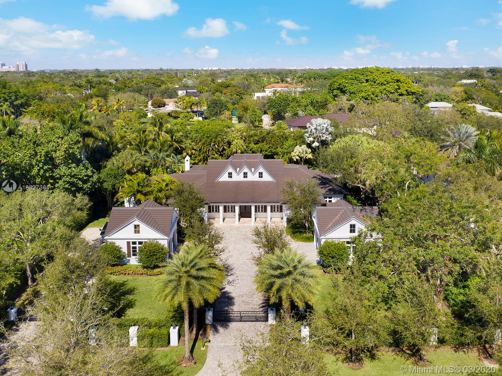 5925 SW 114th Ter  For Sale A10827364, FL