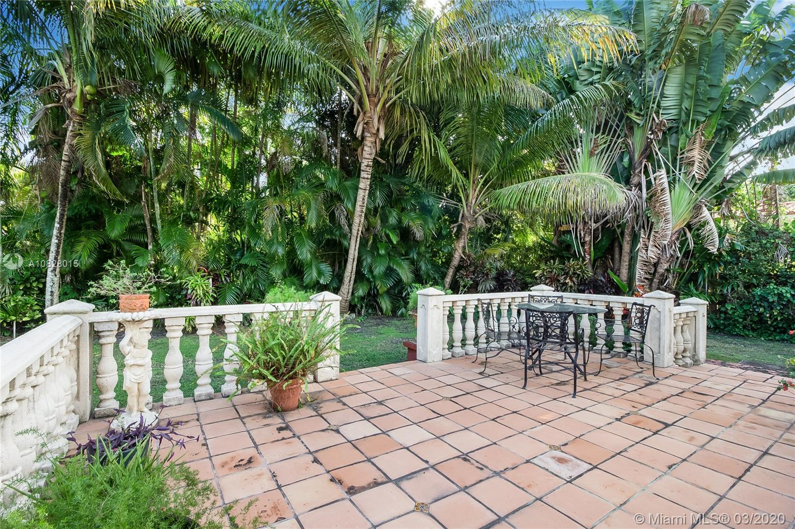 68 NW 92 STREET  For Sale A10828015, FL