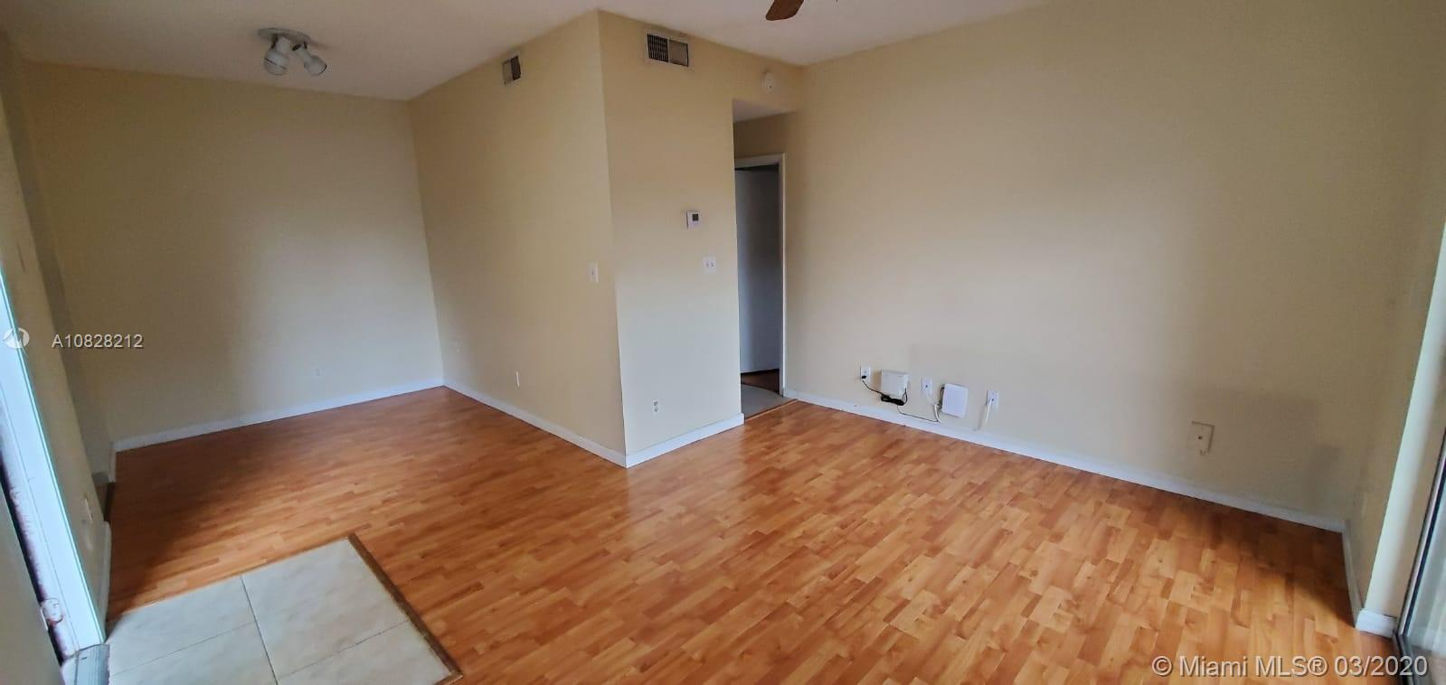 BRIGHT & SPACIOUS 1 BR 1 BATH IN GATED COMMUNITY!LAMINATE FLOORS THROUGHOUT, TILE FLOOR IN KITCHEN & BATHROOMS, PRIVATE SCREENED-IN PATIO, COMMUNITY OFFERS: 2 SWIMMING POOLS, TENNIS, FITNESS ROOM, NICE, CLEAN & READY NOW! REQUIRED CREDIT SCORE 620 OR HIGHER! **REQUIRES CREDIT SCORE 620 OR HIGHER**