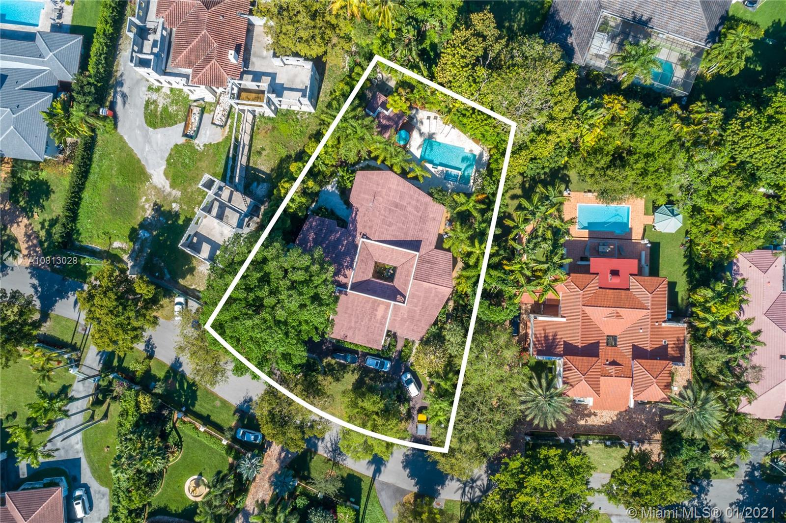 8010  Los Pinos Blvd  For Sale A10813028, FL