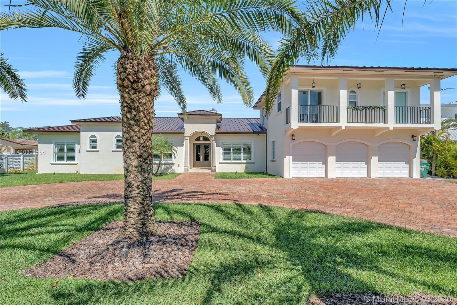 9885 SW 96 St  For Sale A10821596, FL