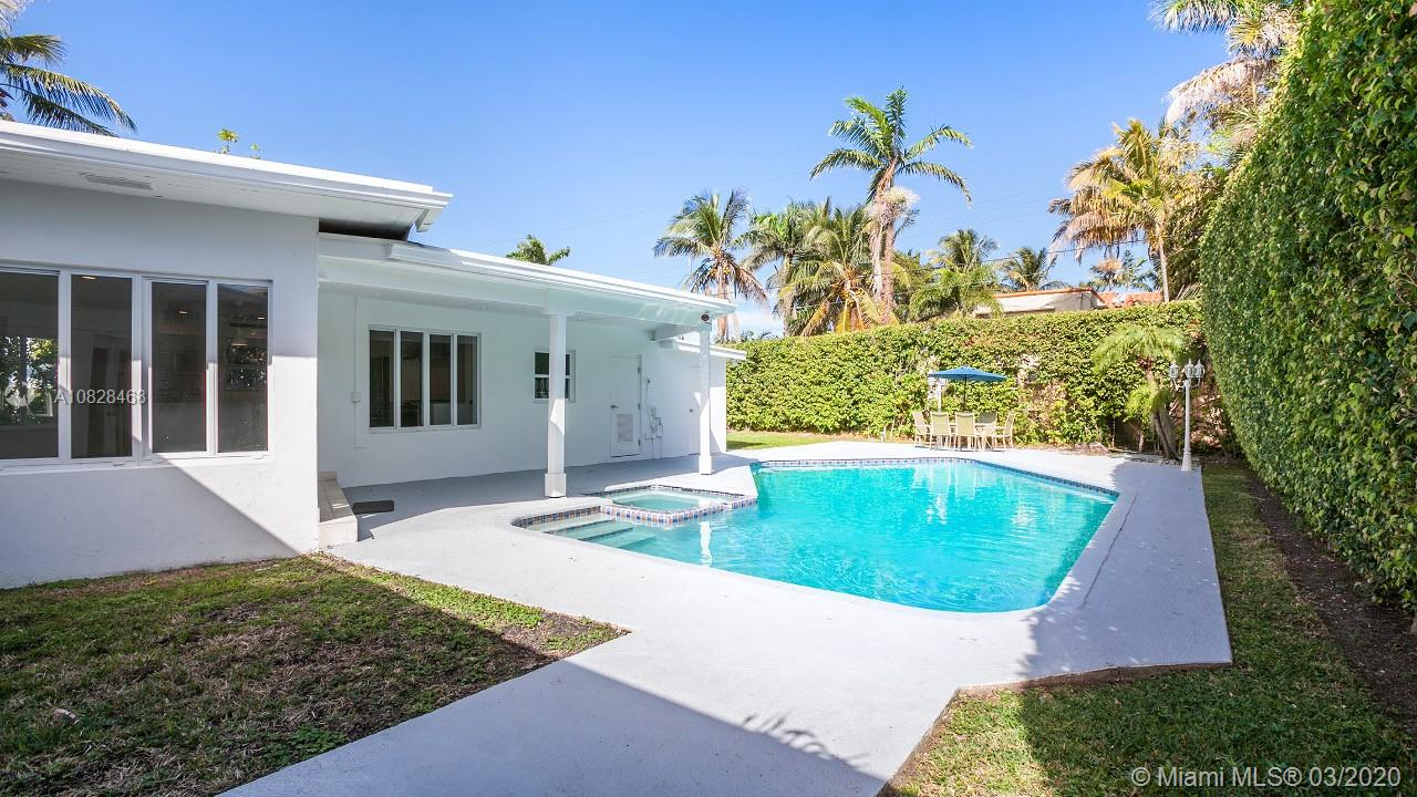 5111  Cherokee Ave  For Sale A10828468, FL