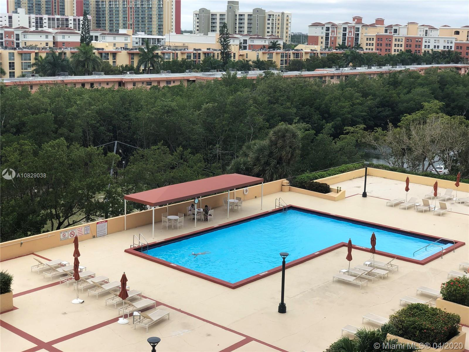 210  174th St #806 For Sale A10829038, FL