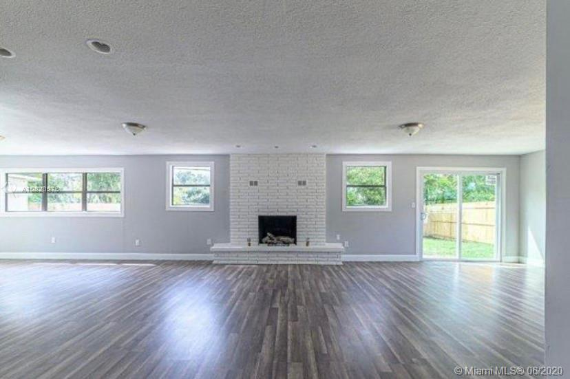 1030 Tudor Ln, Titusville, FL 32780