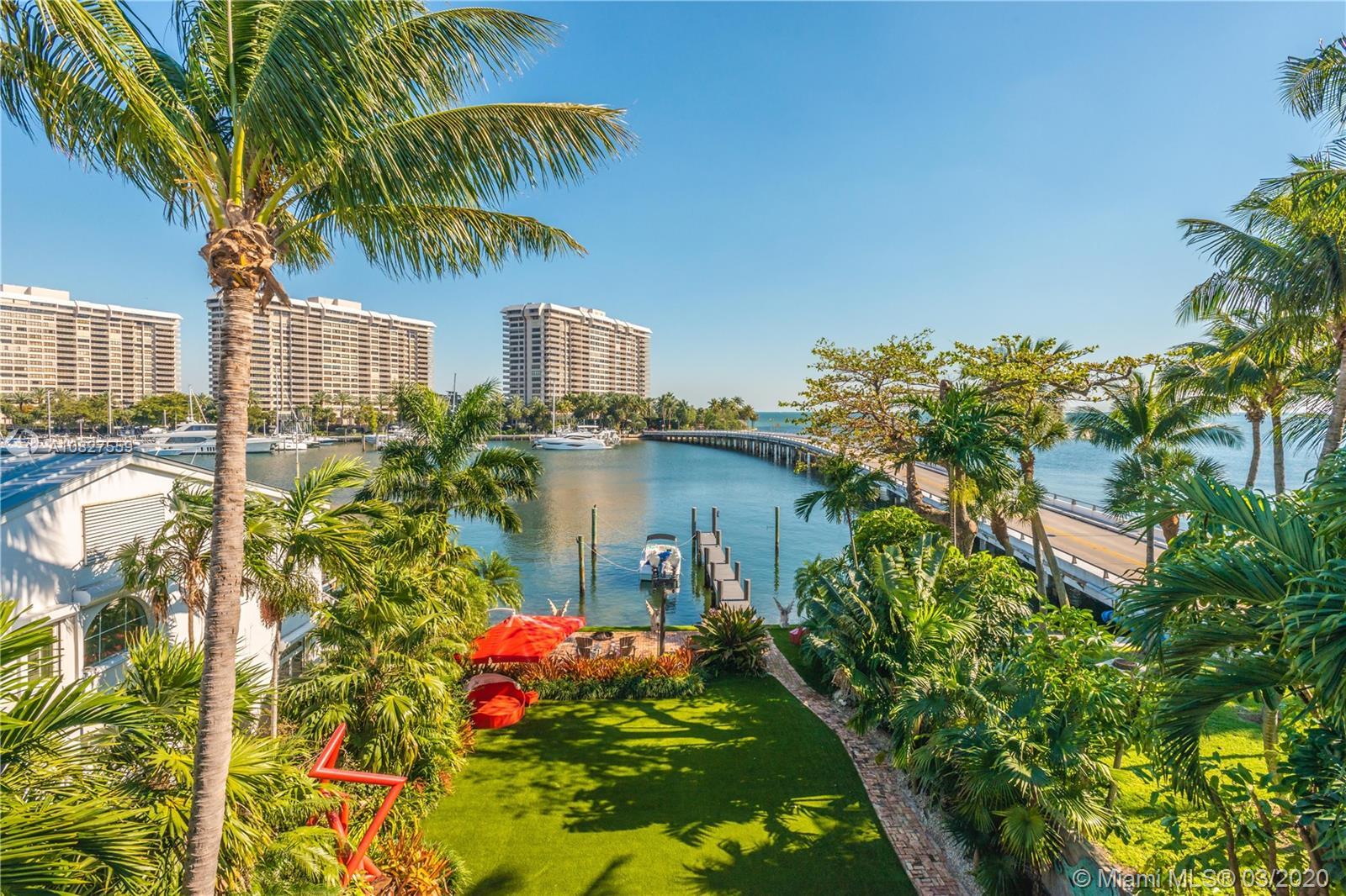 1828 S Bayshore Lane  For Sale A10827559, FL