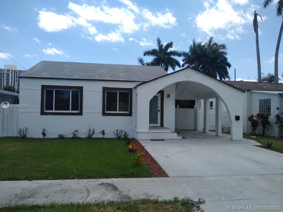 1526 NE 110th St  For Sale A10829203, FL