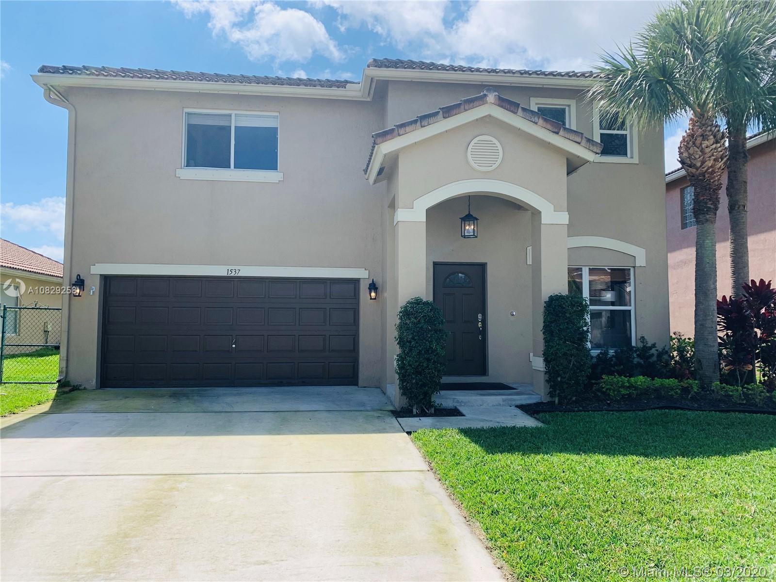1537 Rialto Dr, Boynton Beach, FL 33436