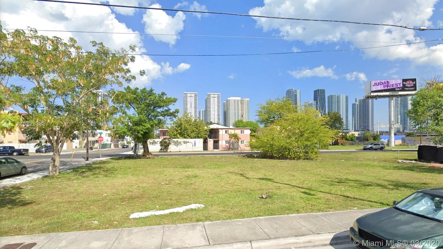 1440 NW 1st Pl, Miami, FL 33136