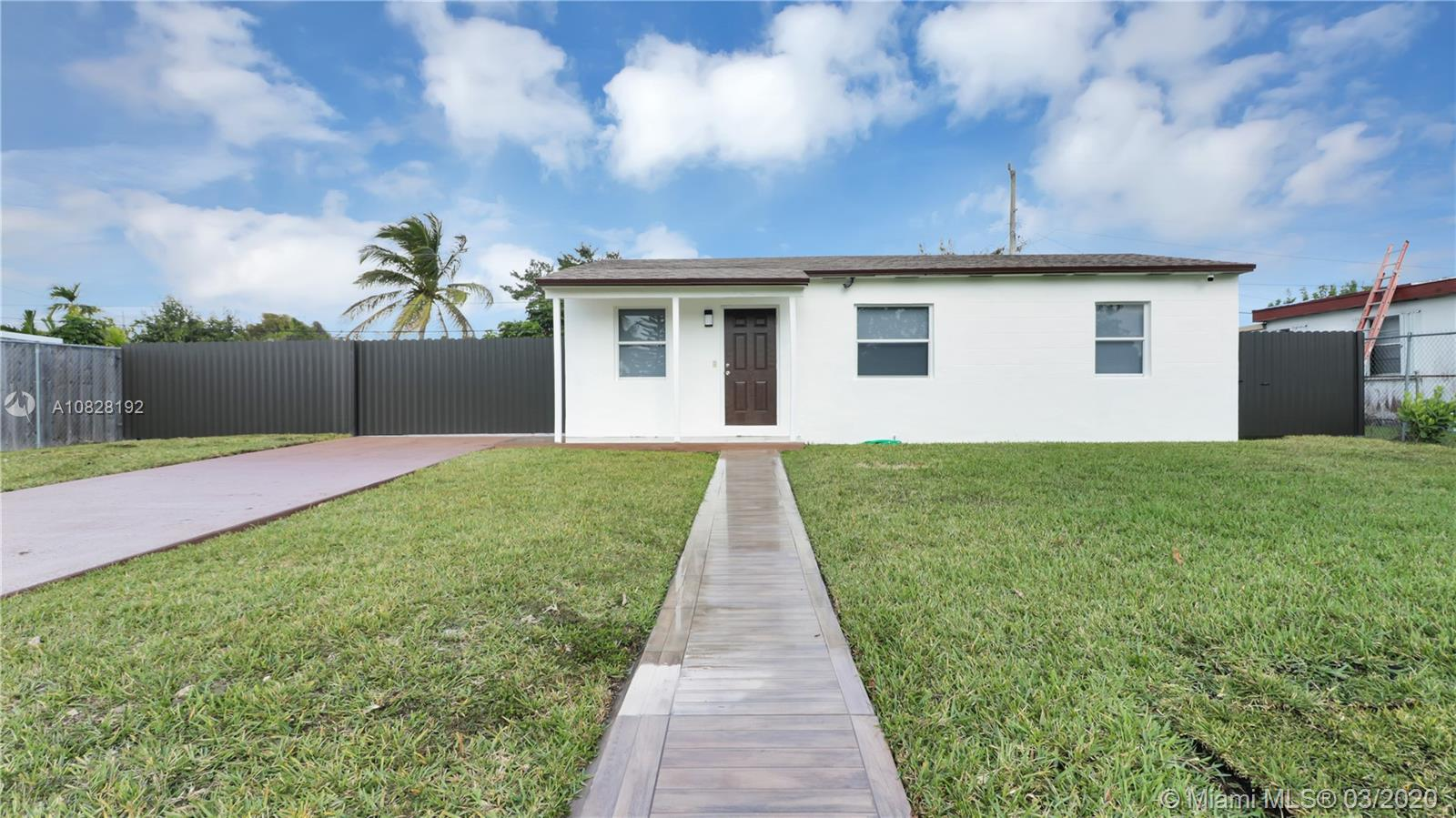 13825  Madison St  For Sale A10828192, FL