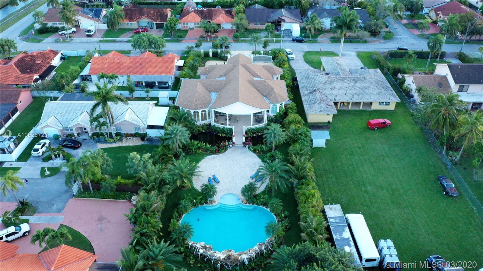 13255 SW 36th St  For Sale A10828720, FL