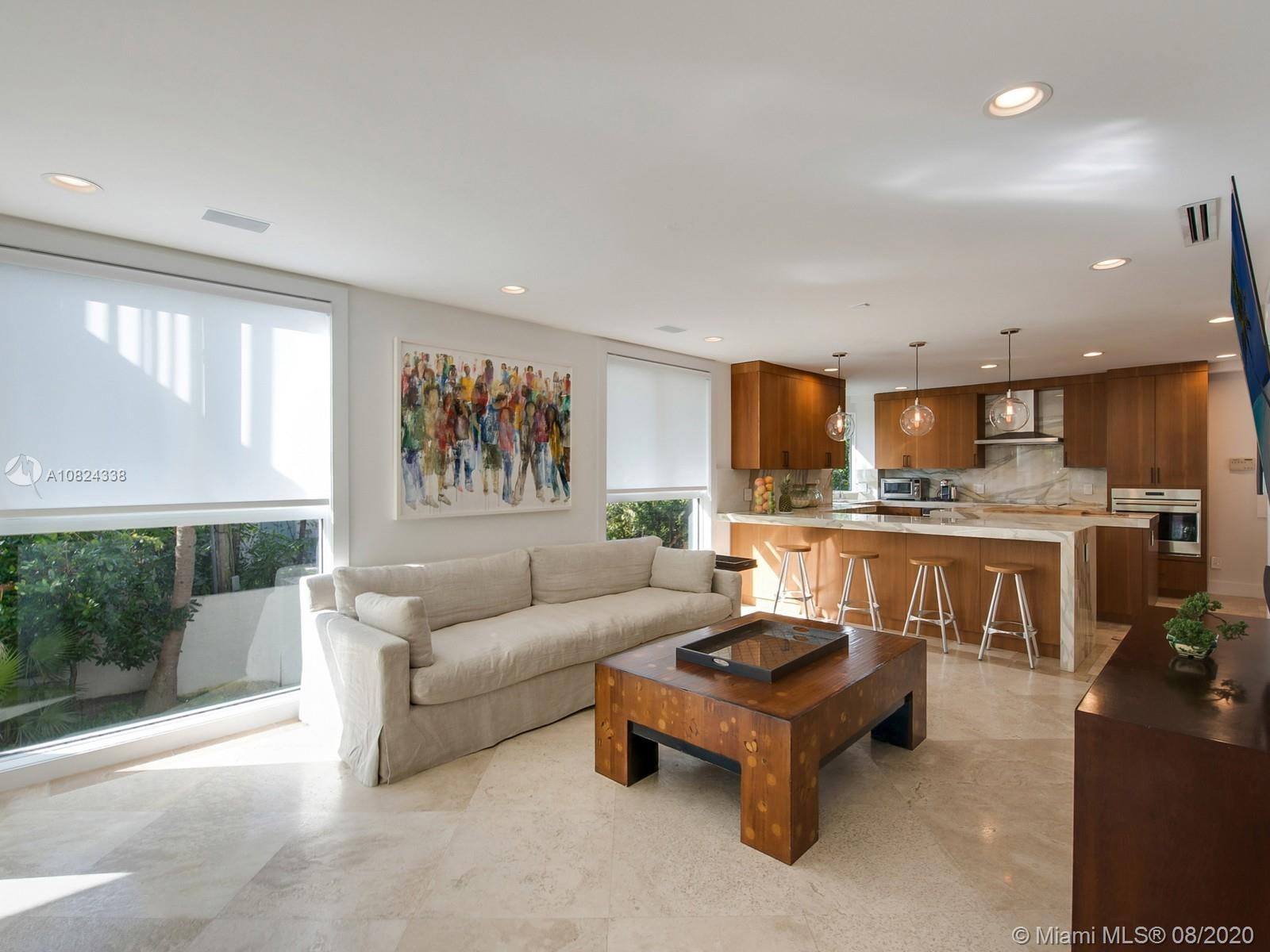 690  Allendale Rd  For Sale A10824338, FL