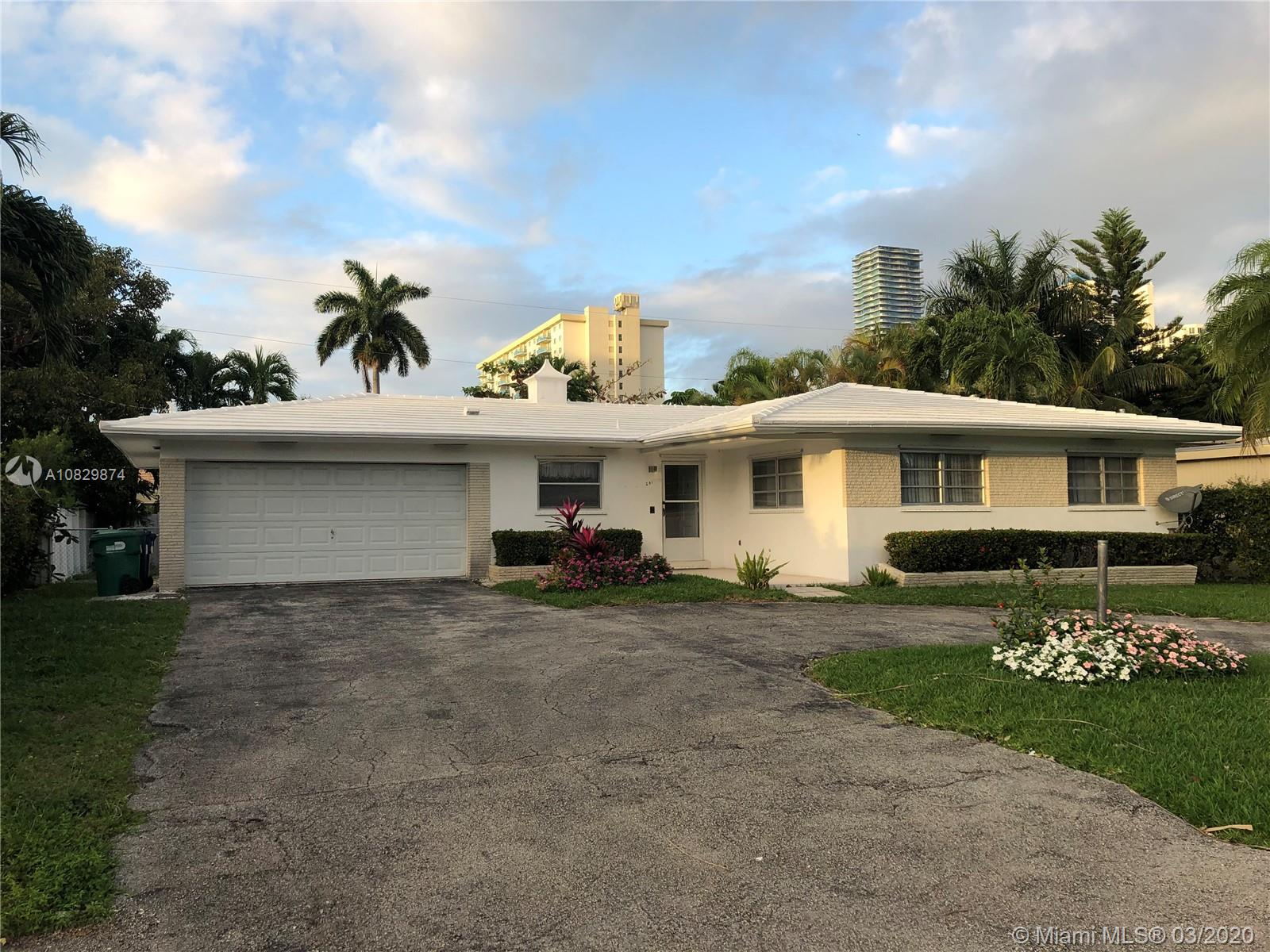 241  191st St  For Sale A10829874, FL
