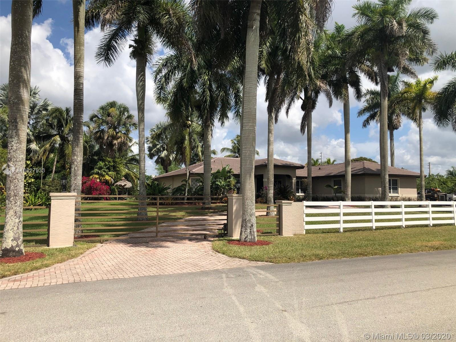 17791 SW 46th St  For Sale A10827933, FL