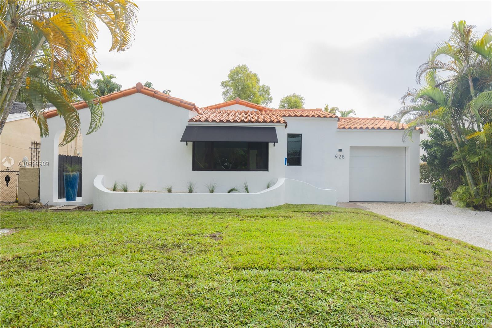 928 NE 86th St  For Sale A10829909, FL