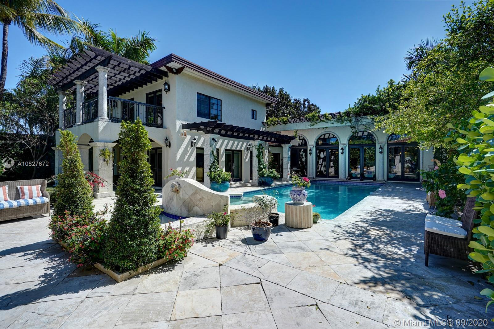 1401 W 22nd St  For Sale A10827672, FL