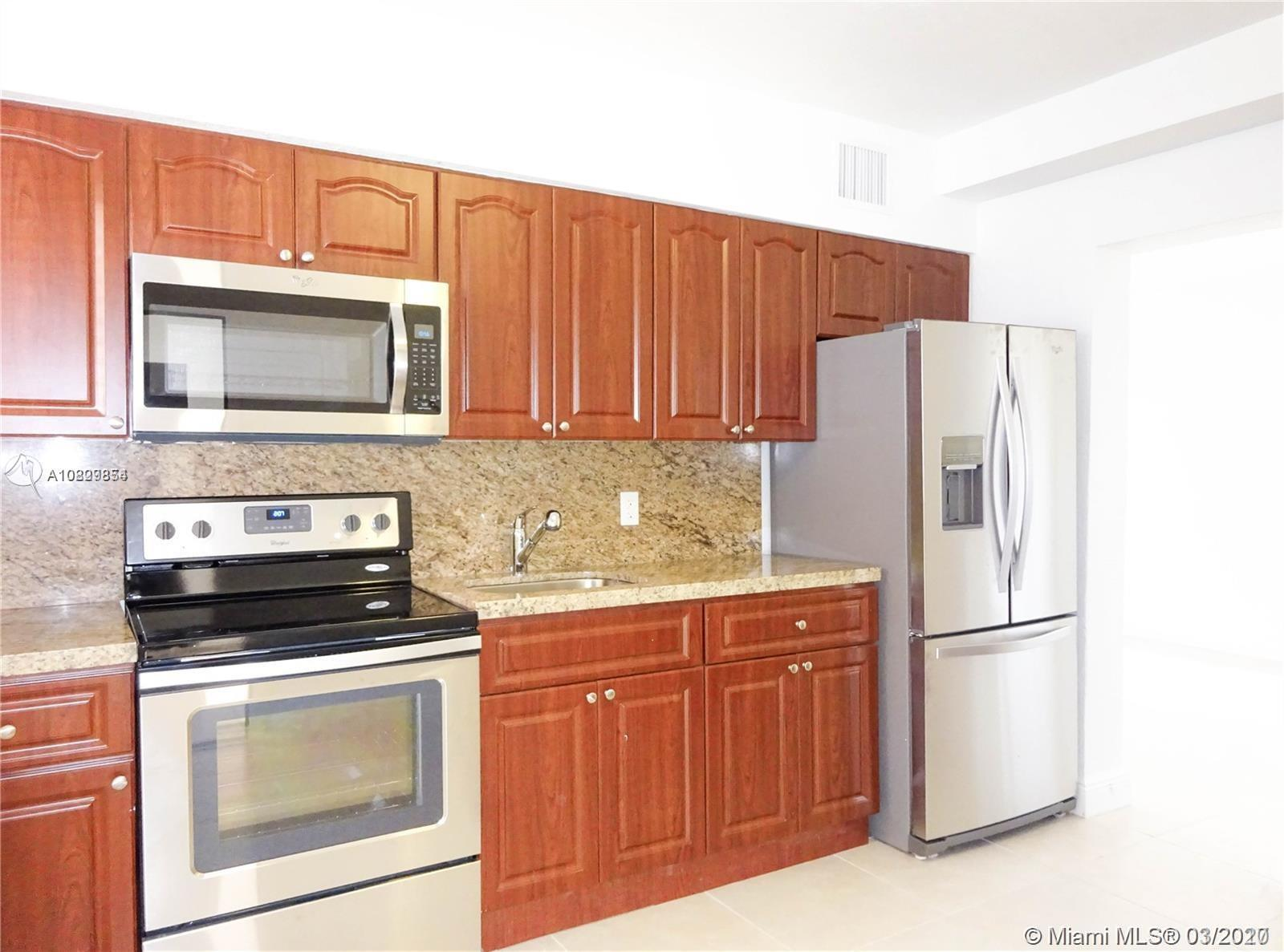 870 SW 3rd St #2 For Sale A10829854, FL