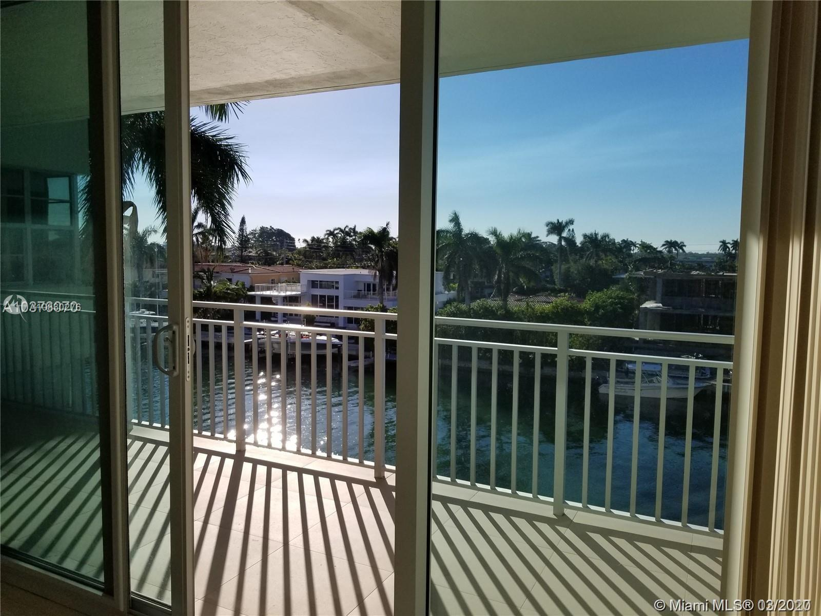 9500 W Bay Harbor Dr #4B For Sale A10830276, FL