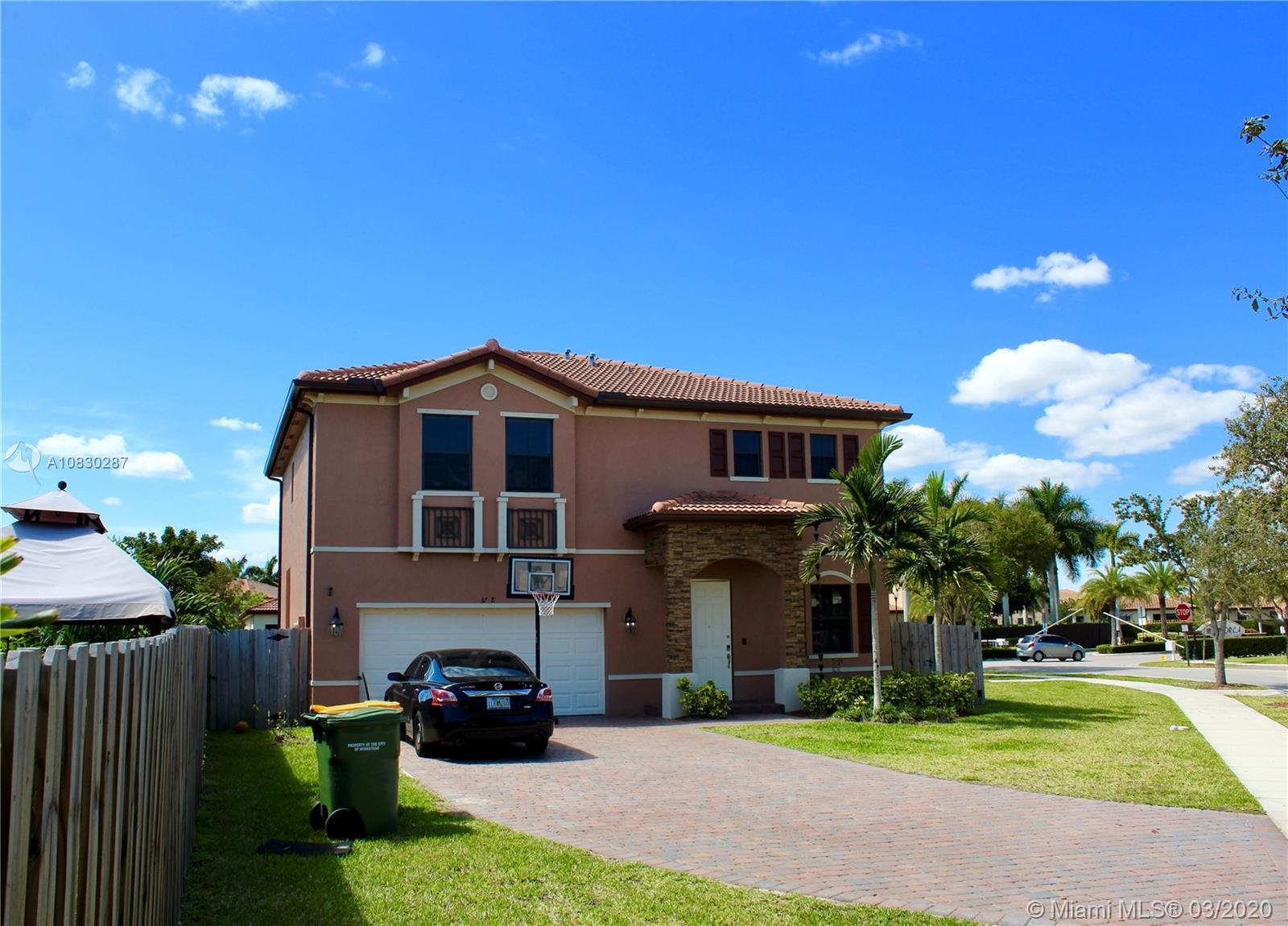 3728 SE 5th Ct  For Sale A10830287, FL