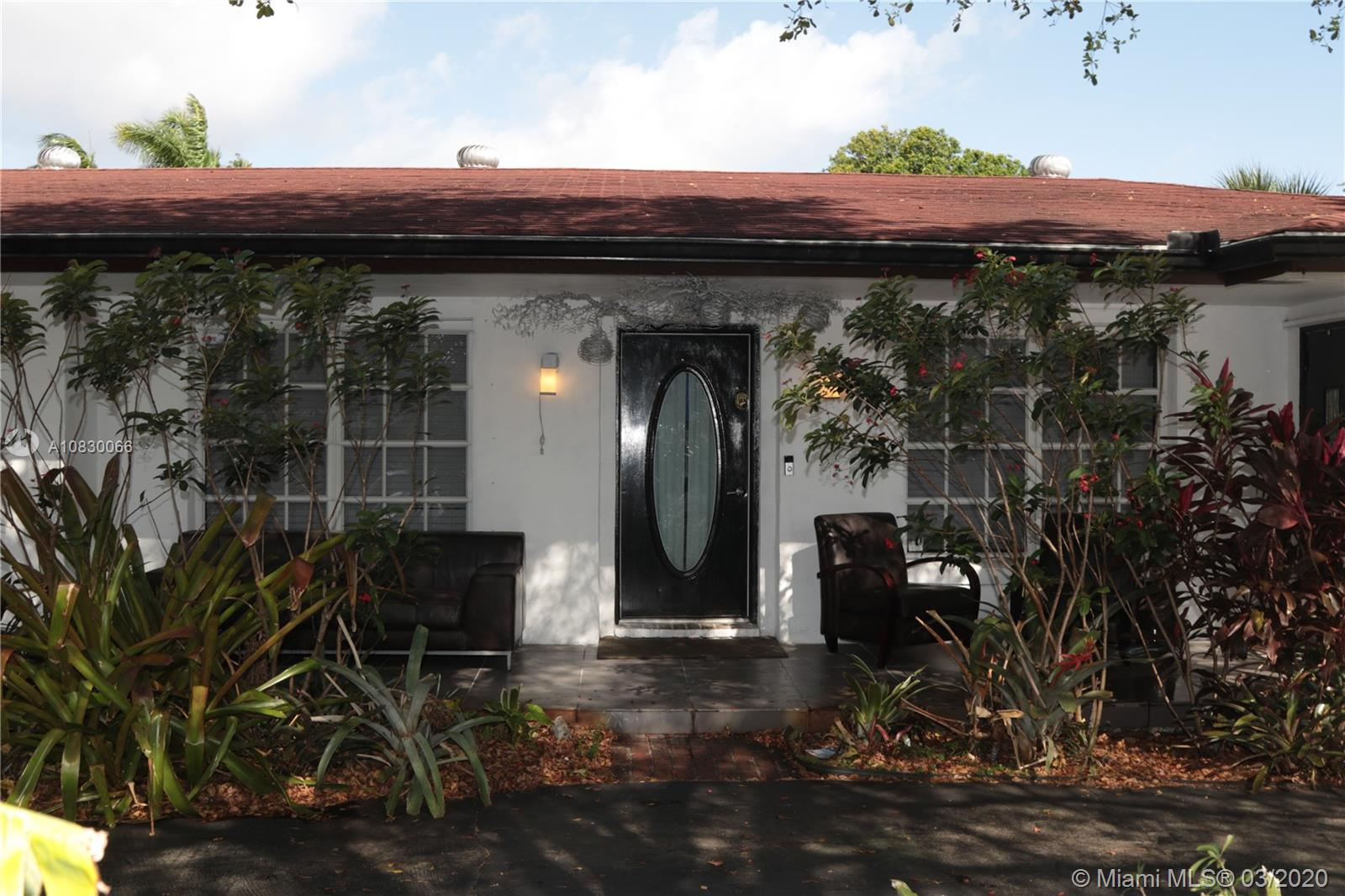 "What an opportunity! This large home, on a corner lot, is conveniently located on a quiet street in Wilton Manors.  Featuring a cook's dream kitchen, with top-of-the-line appliances (36"" induction cooktop with hood, double convection oven, enormous refrigerator/freezer), quartz countertops and 24x24 tile."