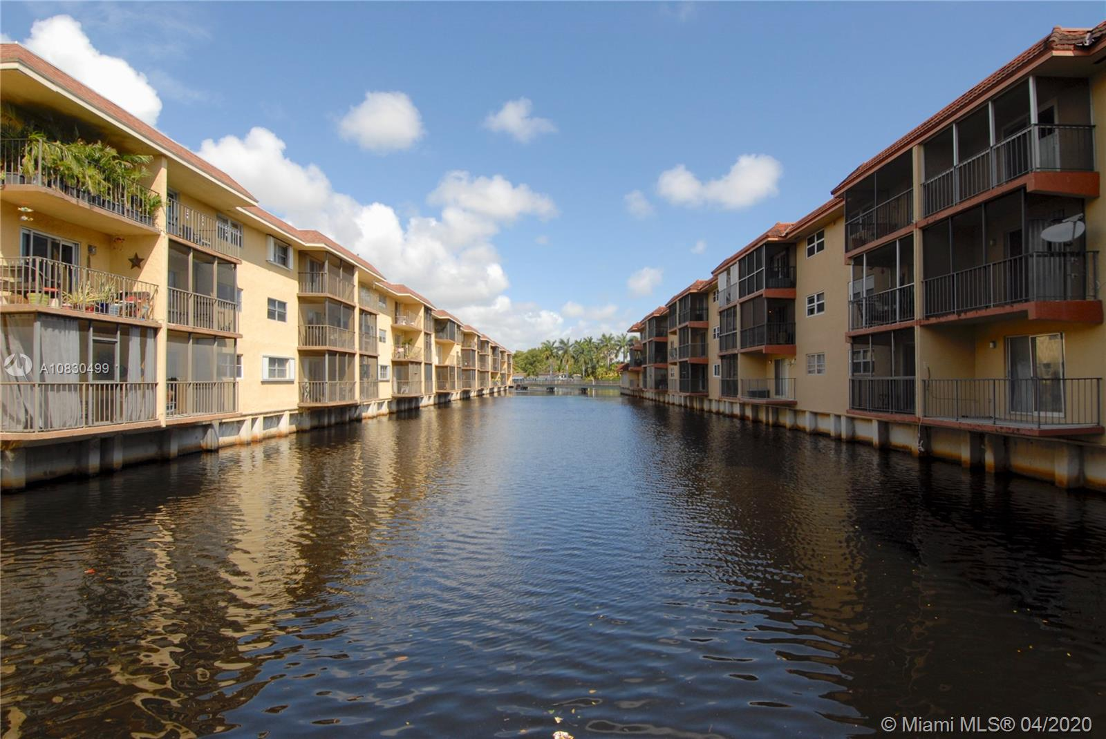 333 NW 17th Ct #105B For Sale A10830499, FL