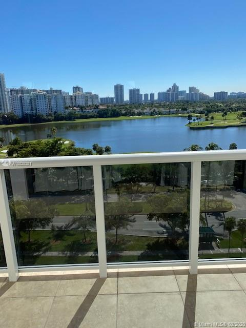 3675 N Country Club Dr #1107 For Sale A10828381, FL