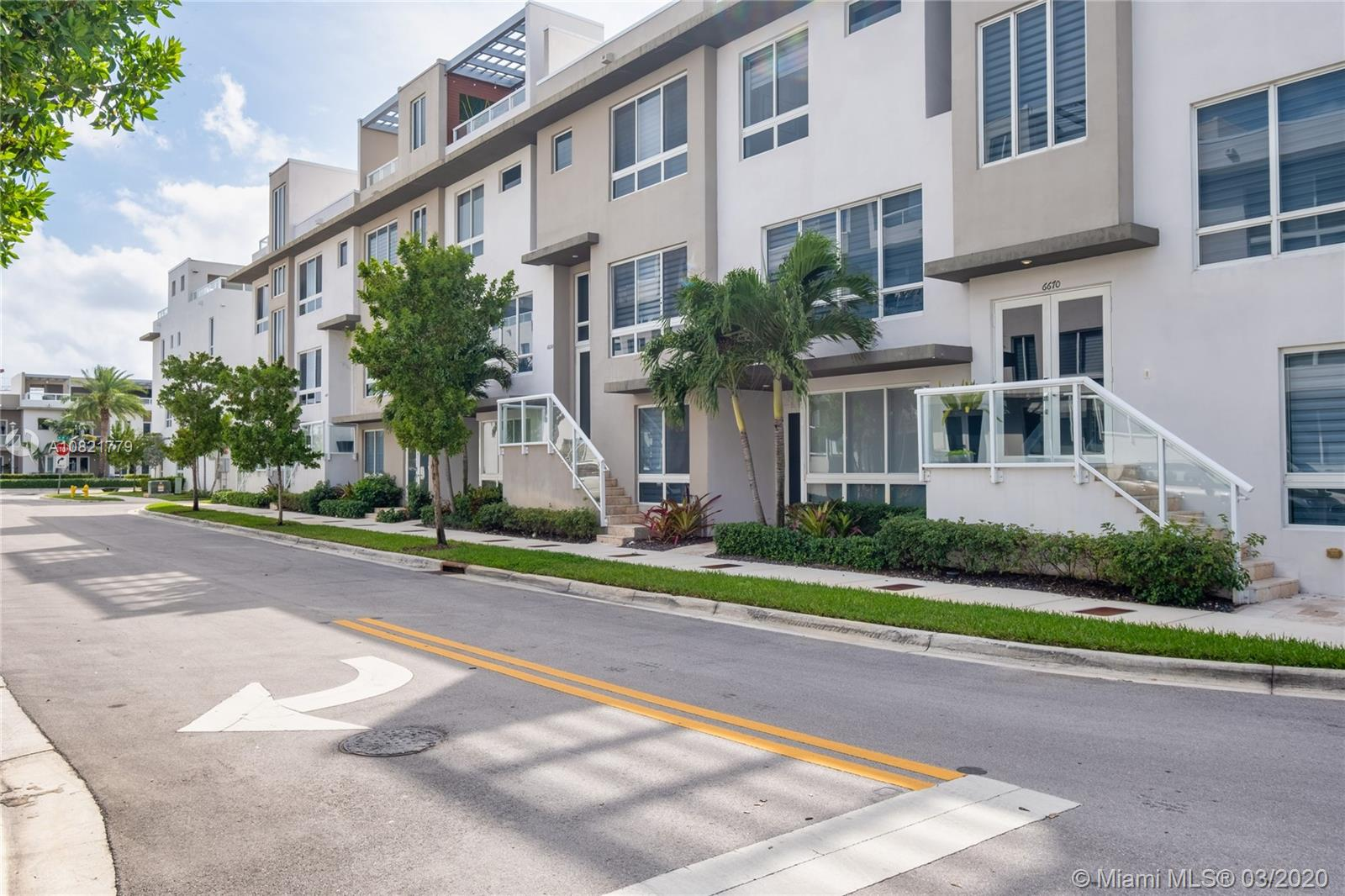 6650 NW 105th Ave #6650 For Sale A10821779, FL
