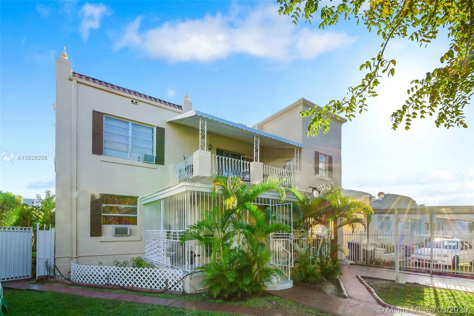 2248 SW 5th St  For Sale A10829206, FL