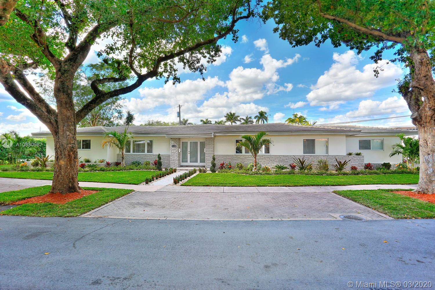 5300  Orduna Dr  For Sale A10830987, FL