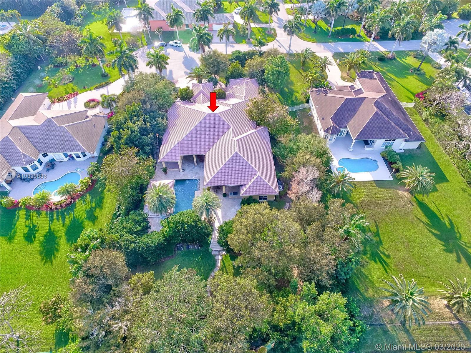 2220 SW 119th Ter  For Sale A10829888, FL