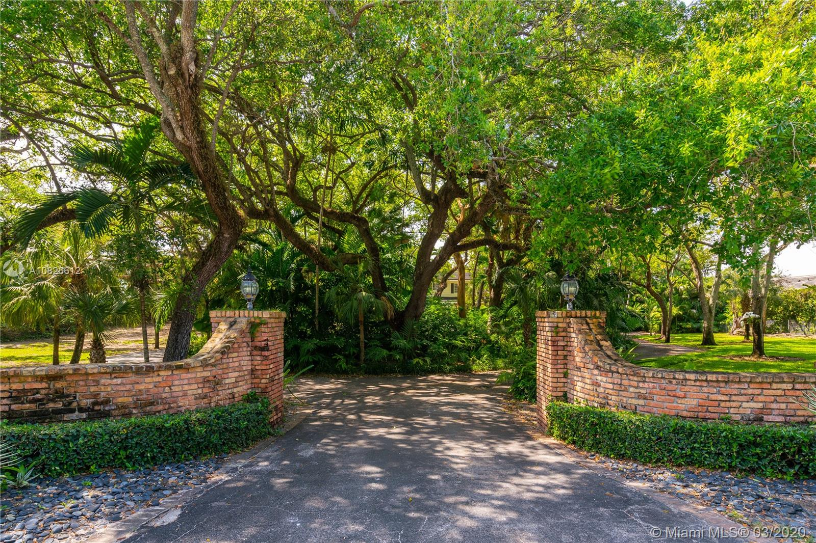 11140  Snapper Creek Rd  For Sale A10826612, FL