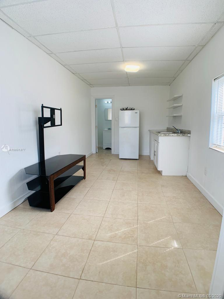 1837  Dewey St #4 For Sale A10831377, FL