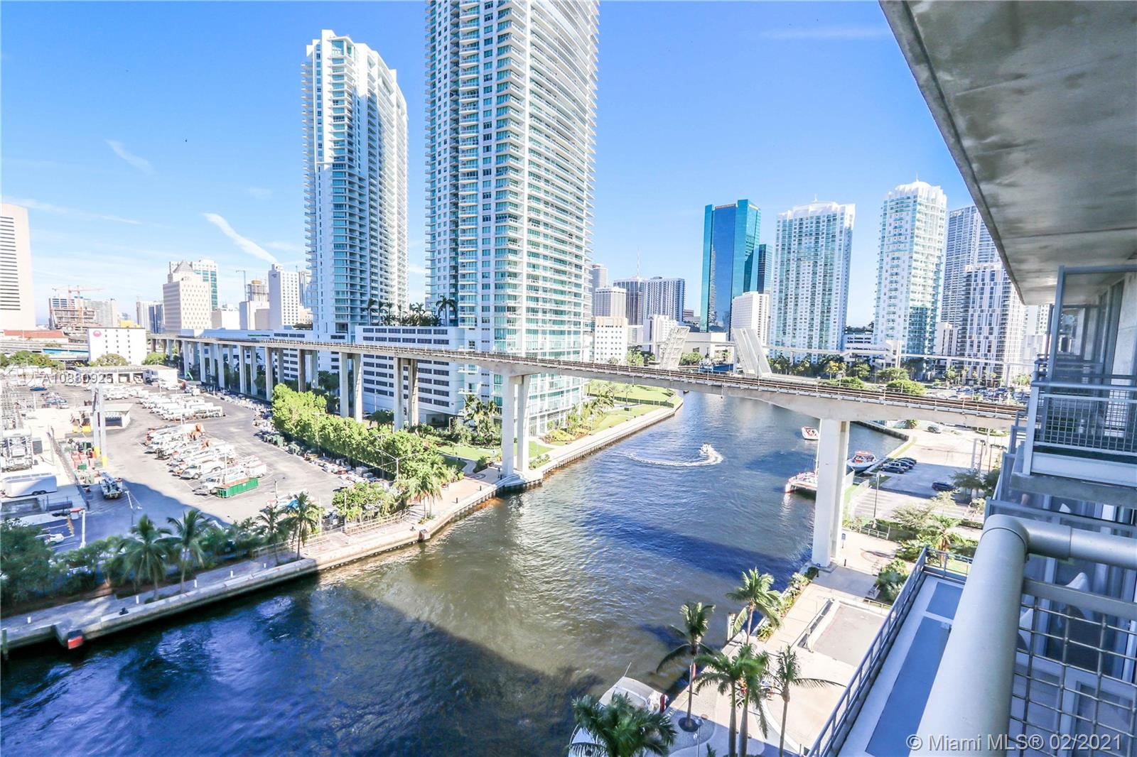 690 SW 1st Ct #1015 For Sale A10830925, FL