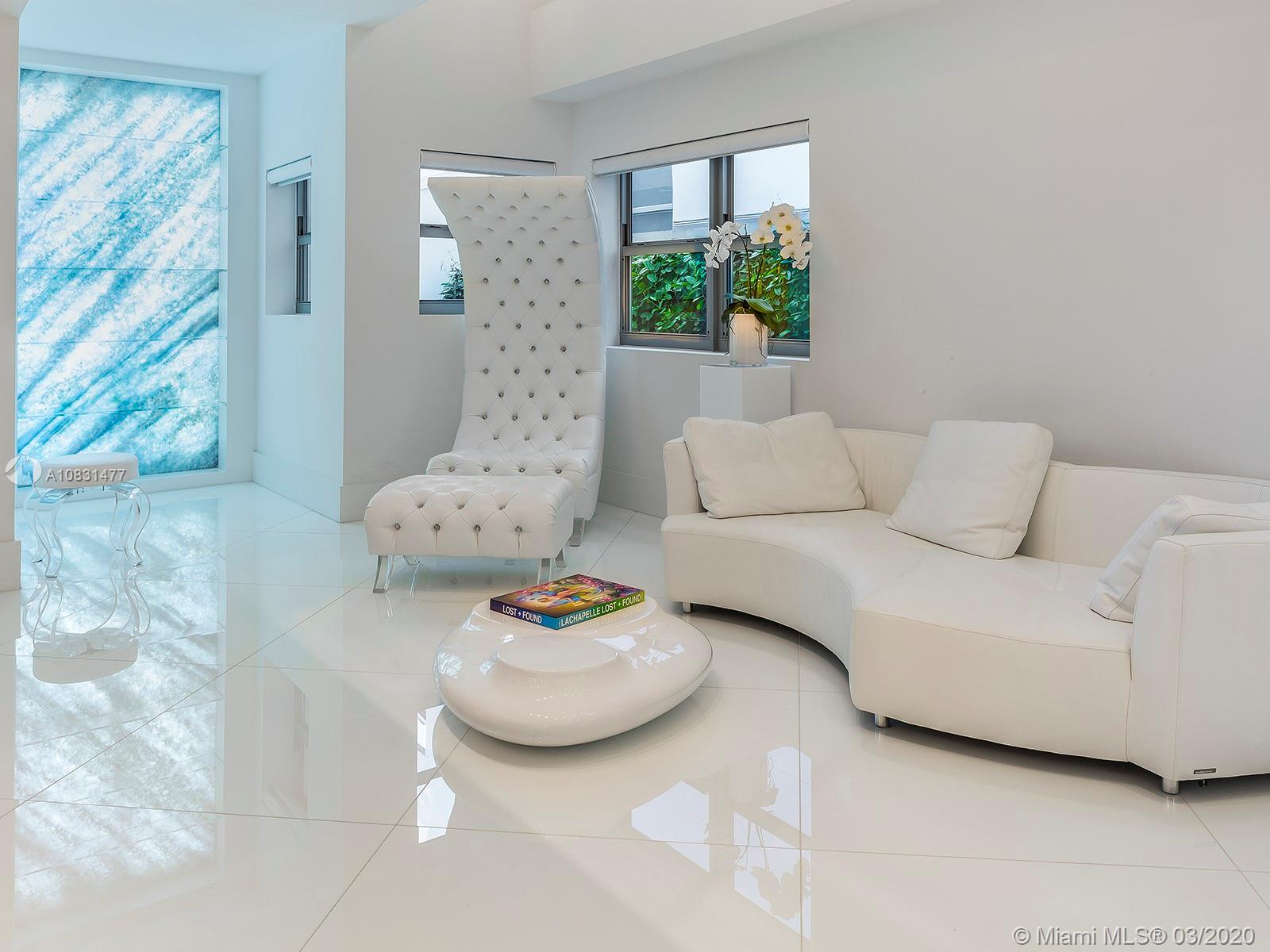 125  Ocean Dr #L0102 For Sale A10831477, FL