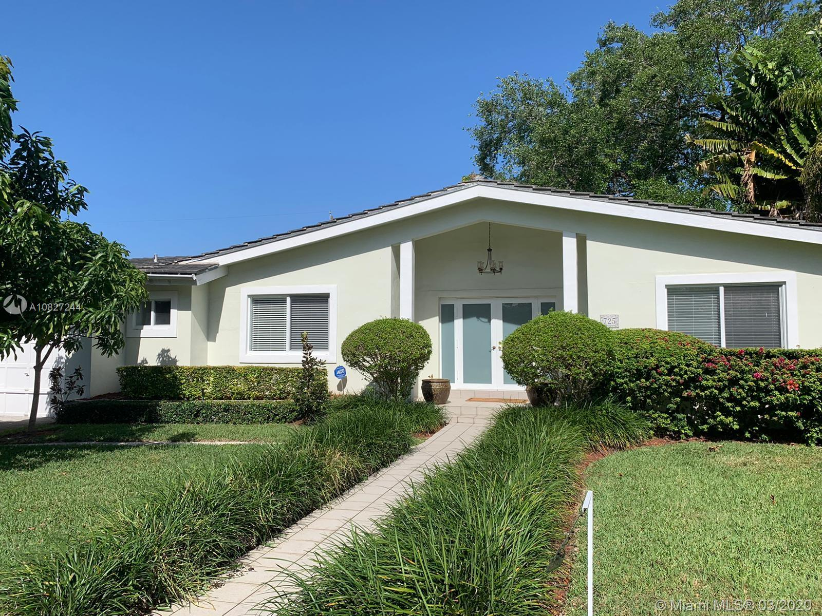 725  Benevento Ave  For Sale A10827244, FL