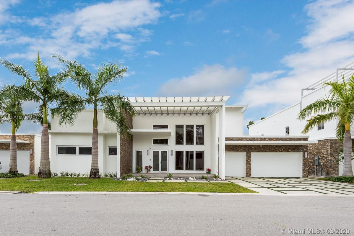 8236 NW 33rd Ter, Doral, FL 33122