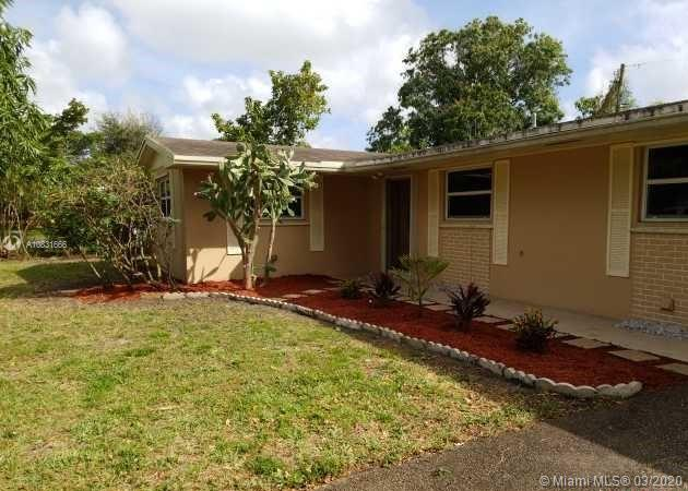 4720 NW 3rd St  For Sale A10831666, FL
